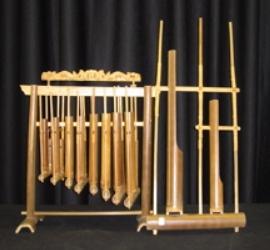 alat-musik-tradisional-angklung-alat-musik-daerah-angklung-mang-udjo